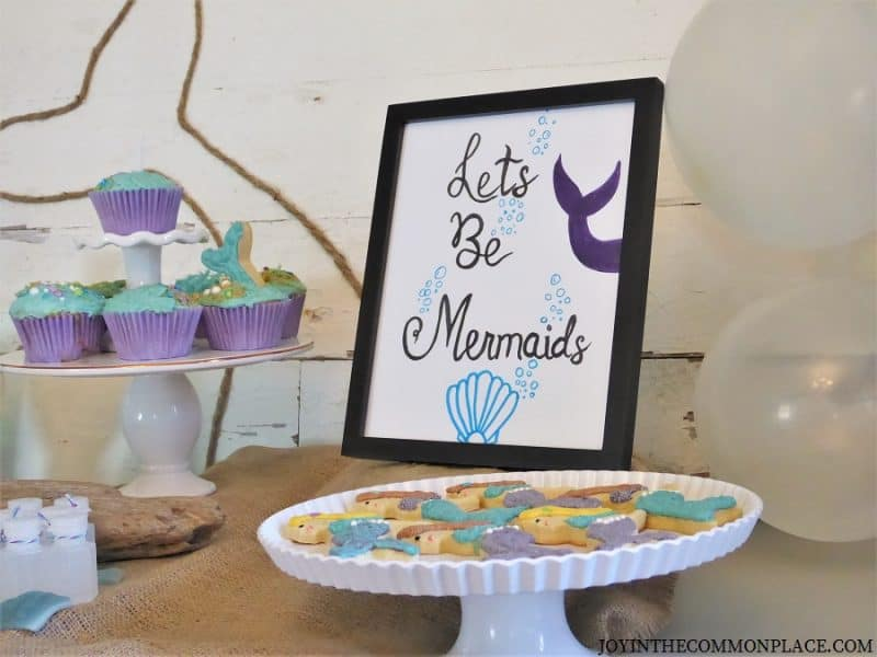 Mermaid sign & cookies