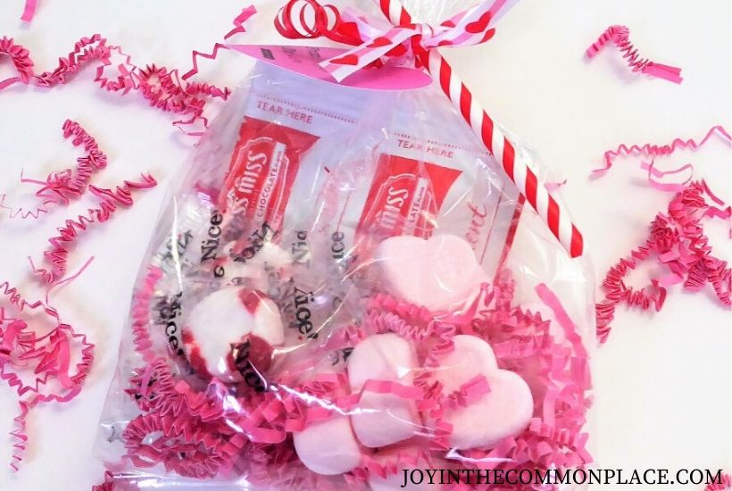 Valentine's Day Treat Bag Feature