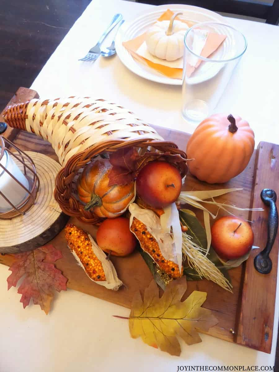 DIY Rustic Thanksgiving Centerpiece