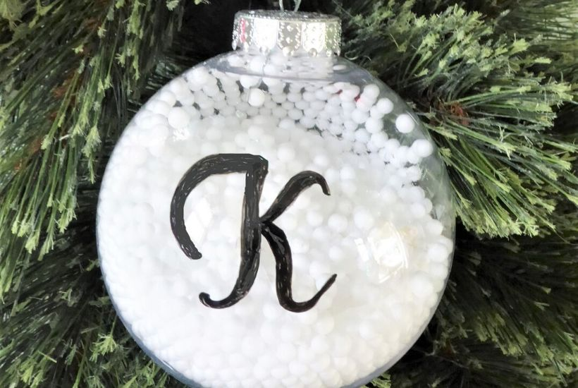 DIY Snow Ball Christmas Ornament Feature