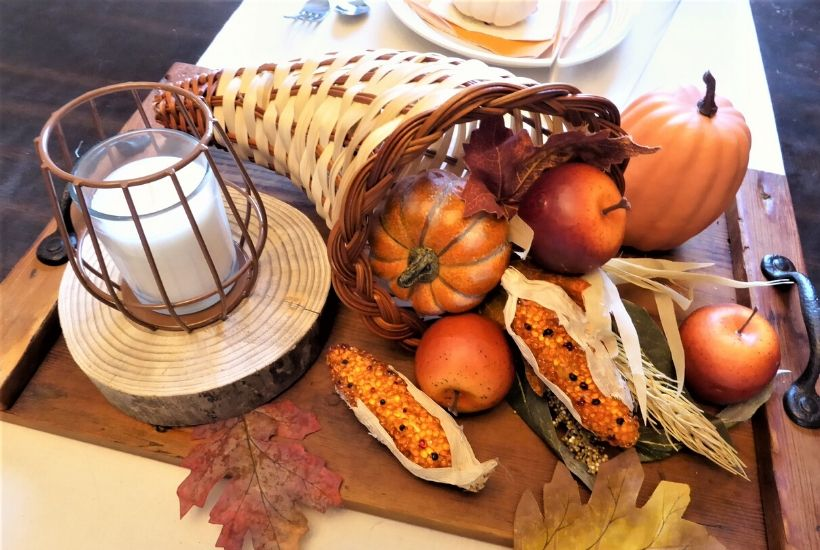 DIY Thanksgiving Centerpiece Feature