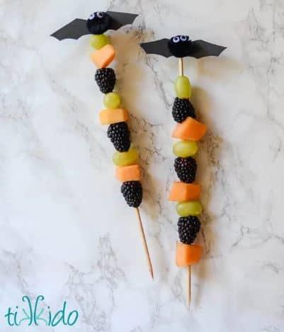 Fruit Bat Skewer Tutorial from Tikkido