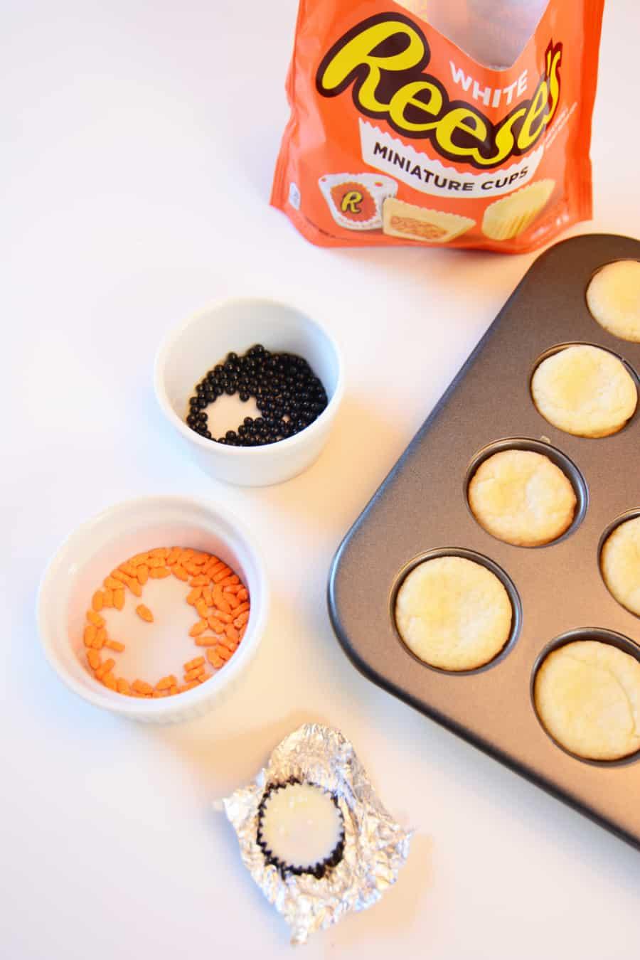 Snowman Sugar Cookie Cups Recipe