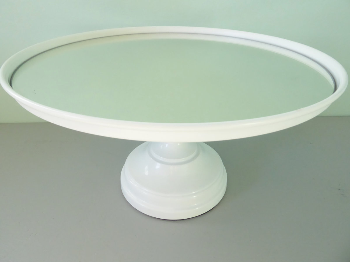 White Mirrored Cake Stand